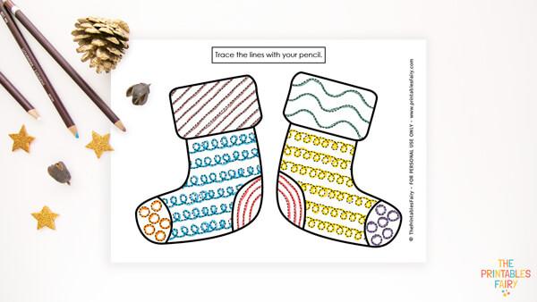 Winter Socks Tracing Worksheet