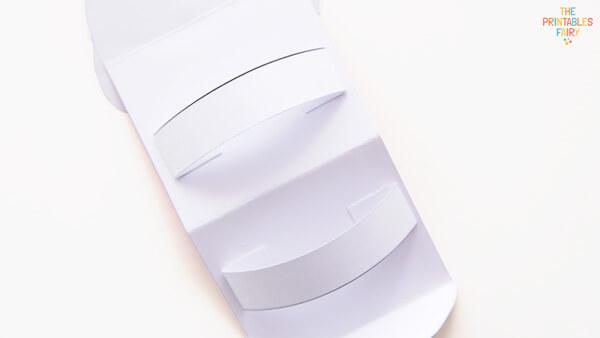 Glue the straps