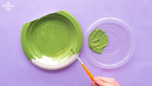 Paint the paper plate
